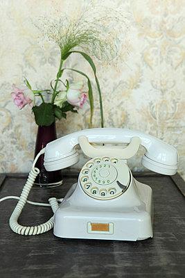Altmodisches Telefon - p045m813516 von Jasmin Sander