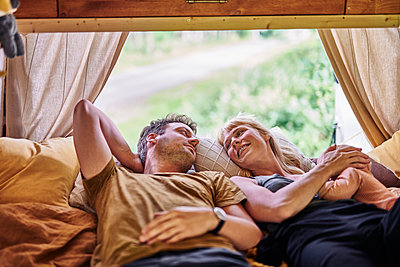 Relaxation in the motor home - p1124m2228971 by Willing-Holtz