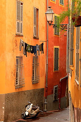 Houses in Nice; France - p977m781127 by Sandrine Pic