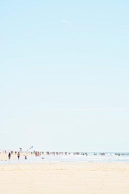 Menschen am Meer - p1312m1511185 von Axel Killian