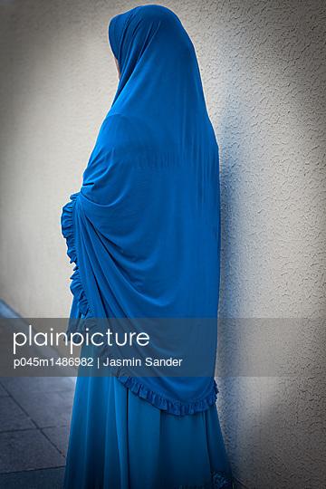 p045m1486982 by Jasmin Sander