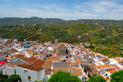 Town of Frigiliana, white town in Andalusia, Spain - p6521484 by Carlos Sánchez Pereyra