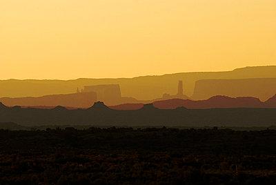 Sunrise, Arches National Park, Utah, USA - p4428219f by Design Pics