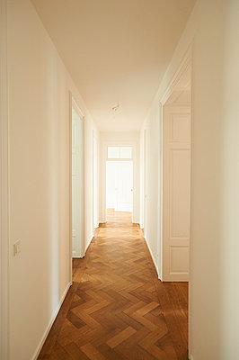 Altbauwohnung - p961m1592154 von Mario Monaco