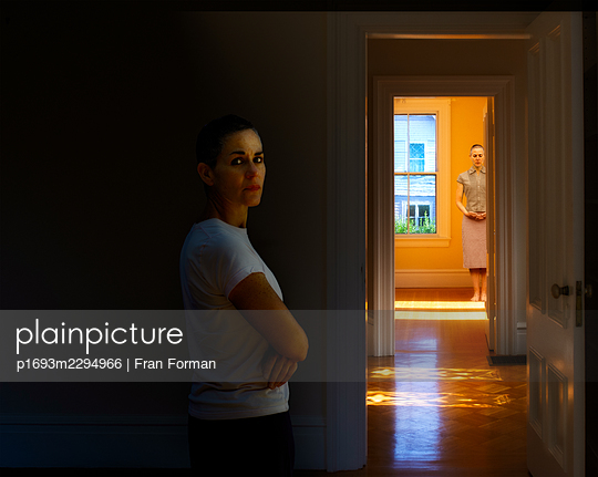 Two women at home - p1693m2294966 by Fran Forman