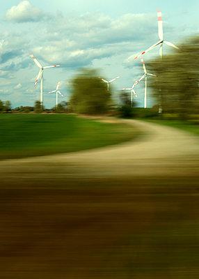 Windenergieanlagen  - p1258m1132513 von Peter Hamel