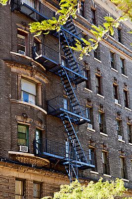 Wohnhaus New York - p1276m1092402 von LIQUID