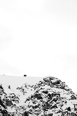 Winter in the mountains - p2480652 by BY