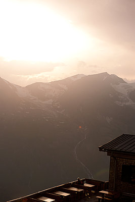 Evening mood in the Alps - p533m1496798 by Böhm Monika