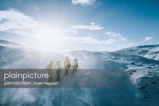 p301m2075524 von Sven Hagolani