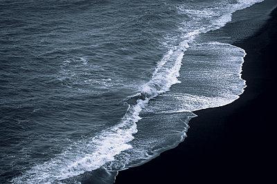 Fauskasandur coast - p1585m2285290 by Jan Erik Waider