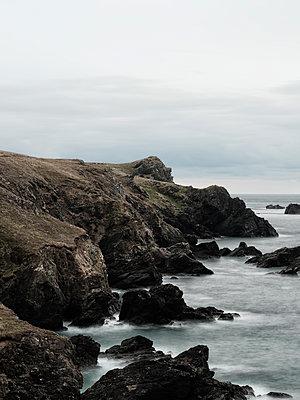 Zerklüftete Küste von Cornwall - p1383m2026511 von Wolfgang Steiner