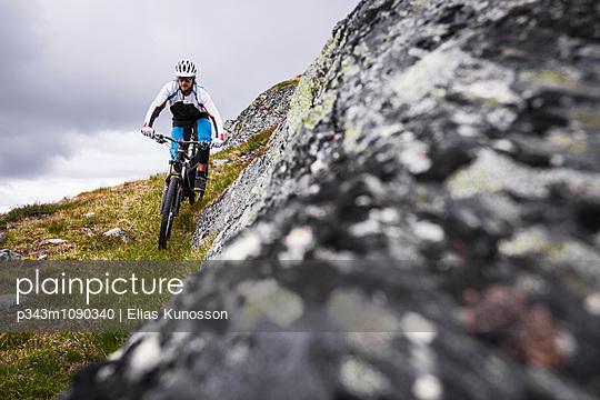 p343m1090340 von Elias Kunosson