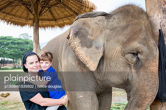 Thailand Familienurlaub - p1308m1539502 von felice douglas