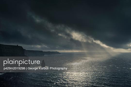 p429m2019298 von George Karbus Photography