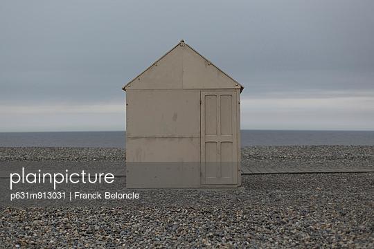 Closed - p631m913031 by Franck Beloncle