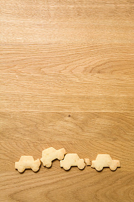 Wooden table - p4540132 by Lubitz + Dorner