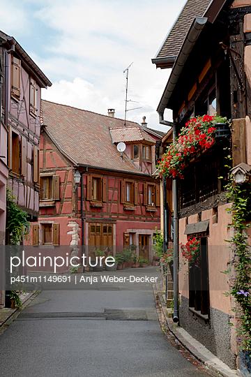 Fachwerkhaus im Elsass - Bergheim (Haut-Rhin) - p451m1149691 von Anja Weber-Decker