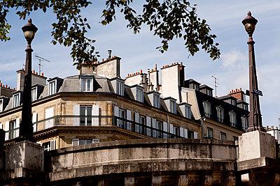 Paris - p940m793179 by Bénédite Topuz