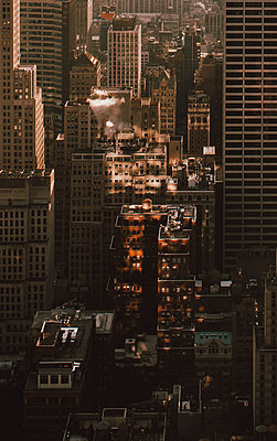 Highrise buildings, New York City, New York, USA - p301m2213638 by Toby Mitchell