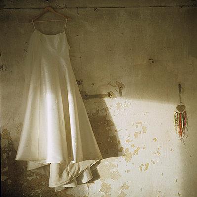 Wedding dress - p7090021 by Axel Kohlhase