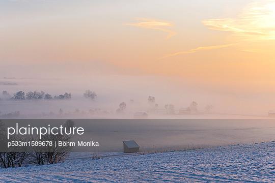 Morgennebel im Berchtesgadener Land - p533m1589678 von Böhm Monika