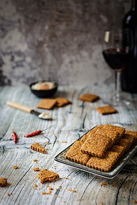 Paprika & poppy seed biscuits - p1392m1446150 by Federica Di Marcello