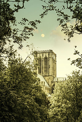 York Minster - p375m1041616 by whatapicture