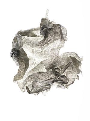 Paper - p401m2200479 by Frank Baquet