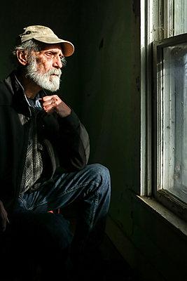 Blick aus dem Fenster - p1019m2076560 von Stephen Carroll