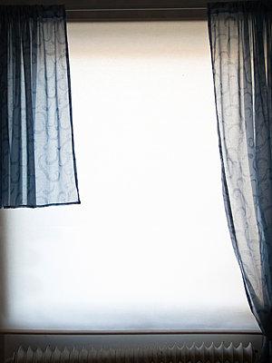 Curtains mismatching - p1418m1571981 by Jan Håkan Dahlström