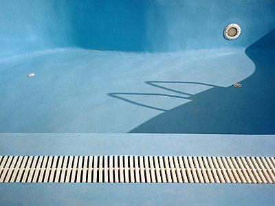 Abstract Pool - p1431m2247653 by Daniel R. Lopez