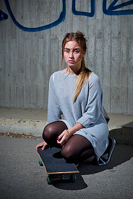 Skaten - p1149m2031028 by Yvonne Röder