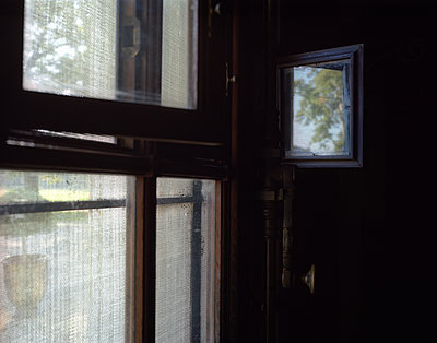 Fenster - p945m1502133 von aurelia frey