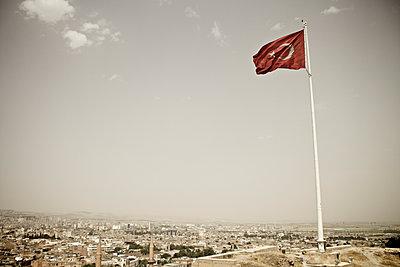 Turkish Flag - p586m971417 by Kniel Synnatzschke