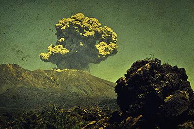 Eruption - p148m1034779 by Axel Biewer