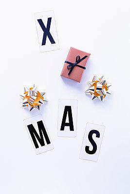 Christmas - p1149m2021129 by Yvonne Röder