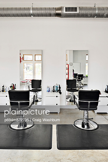 Hair Salon Chairs and Mirrors