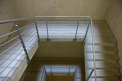 Treppen - p427m1072736 von R. Mohr
