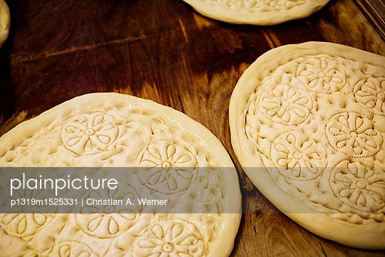 Traditionelle Fladenbrote - p1319m1525331 von Christian A. Werner