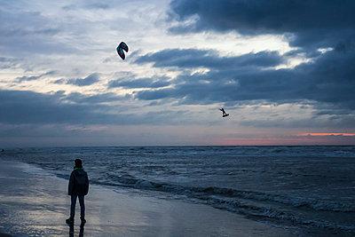 Kite-Surfen - p417m2054015 von Pat Meise
