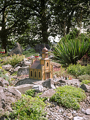 Model church - p1177m1002783 by Philip Frowein