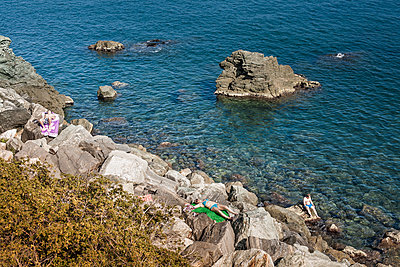 Fels im Meer - p1398m1444601 von Tabitha Genoveva Harter