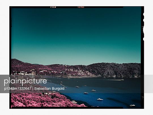 Idyllic bay of Mallorca - p1342m1332647 by Sebastian Burgold