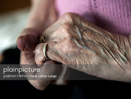 Hands of an old woman - p1221m1176716 by Frank Lothar Lange