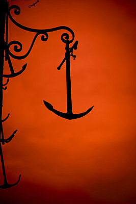 Anchor in the evening - p248m859392 by BY