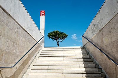 Steps at subway station in Lisbon - p1146m1193336 by Stephanie Uhlenbrock
