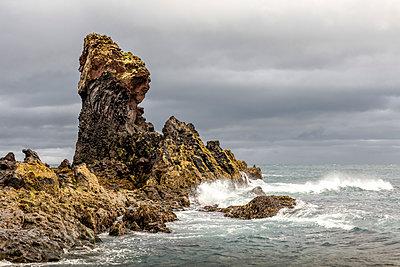 Felsen am Meer - p1276m1465301 von LIQUID