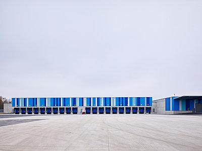 Logistics centre - p280m1137381 by victor s. brigola