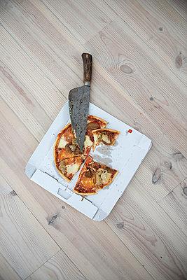 Pizza - p427m954732 von R. Mohr